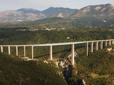 Viadotto Italia and Monte Pollino