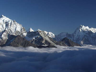 Gokyo Valley  |  Above the clouds
