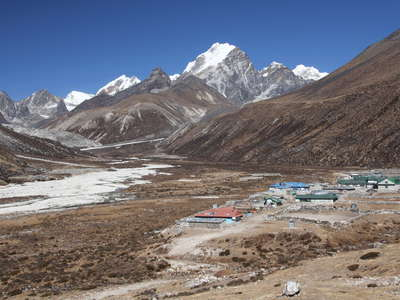 Chola Khola Valley  |  Pheriche and Lobuche East
