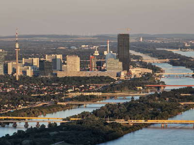 Wien  |  Donaucity and Danube River