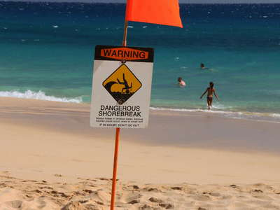 Makena  |  Big Beach with warning sign