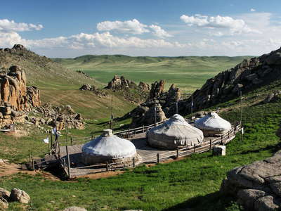 13th Century National Park  |  Ger camp and granitic outcrops