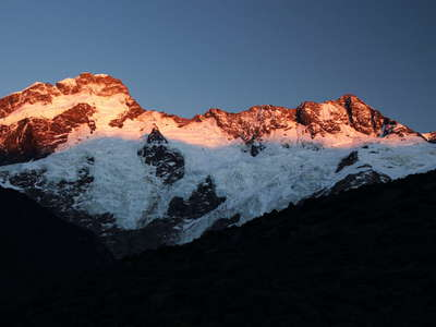 Mt. Sefton and The Footstool  |  Sunrise