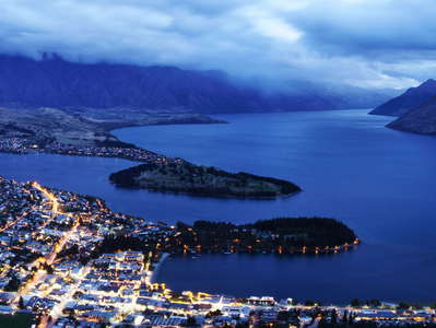 Queenstown and Lake Wakatipu  |  Night panorama