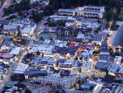 Queenstown  |  Town centre