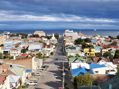 Punta Arenas with Estrecho de Magallanes