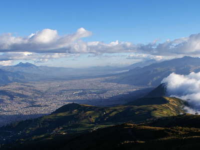 Quito with foehn clouds