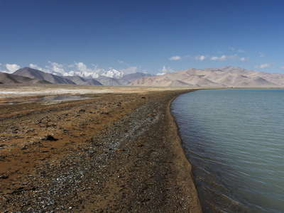 Karakul  |  Lake shore