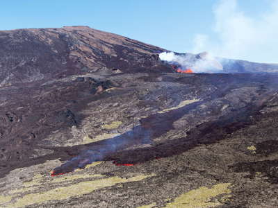 Piton de la Fournaise  |  Enclos Fouqué with eruption