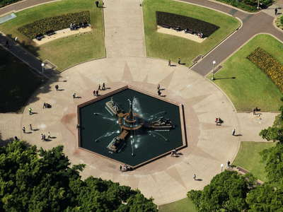 Sydney  |  Hyde Park with Archibald Fountain