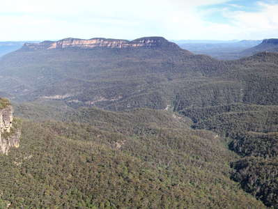 Katoomba  |  Three Sisters and Jamison Valley