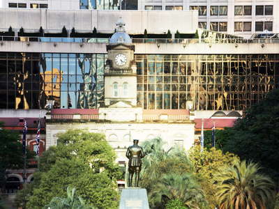 Brisbane  |  ANZAC Square and Central railway station