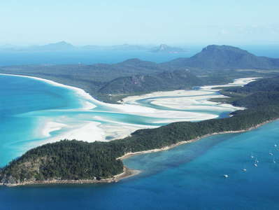 Whitsunday Island with Hill Inlet and Whitehaven Beach