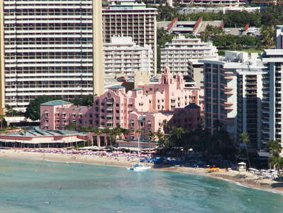 Honolulu  |  Waikīkī Beach with Royal Hawaiian Hotel