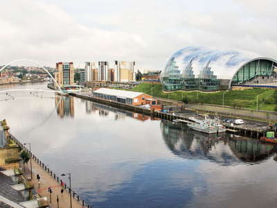 Gateshead  |  Quayside with Millenium Bridge and Sage