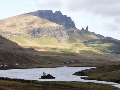Isle of Skye  |  Loch Fada with The Storr