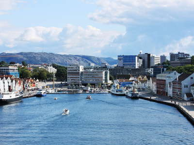 Stavanger  |  Vågen and city centre