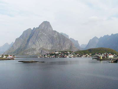 Lofoten with Reine  |  Panorama