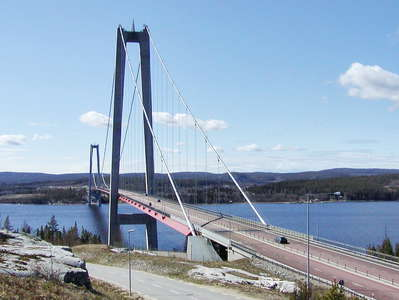Högakusten Bridge