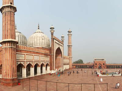 Delhi  |  Panoramic view of Jama Masjid