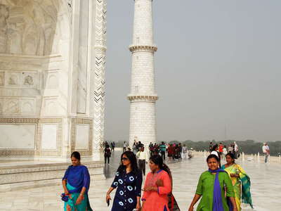 Agra  |  Visitors at Taj Mahal