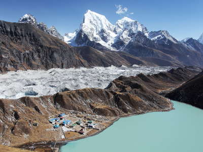 Gokyo Valley  |  Third Lake and Ngozumba Glacier