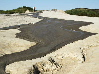 Pâclele Mari  |  Mud volcano with outflow