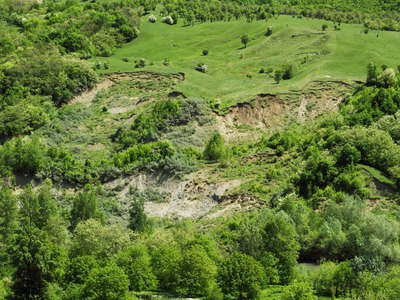 Păltineni  |  Secondary landslides