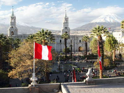 Arequipa  |  Plaza de Armas and Misti