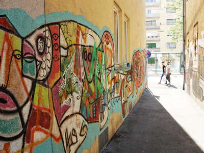 Graz | Reichengasse with graffiti